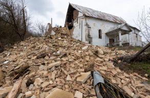 Leomlott egy Beszterce megyei református templom tornya