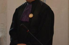 Hivatalos: mától csak indoklással együtt lehet ítéletet hirdetni a bíróknak