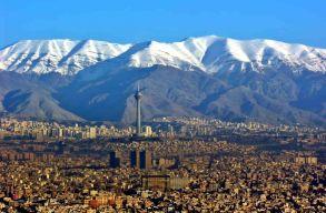 Majdnem hatszáz államelnök-jelölt van Iránban