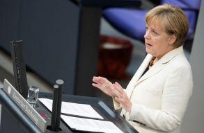 Merkel: nem szabad ismét elkövetni a 2015-ös menekülthullámhoz vezetõ hibákat