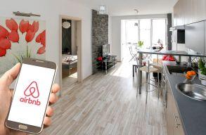 20 000 lakást biztosít az Airbnb az afgán menekültek számára
