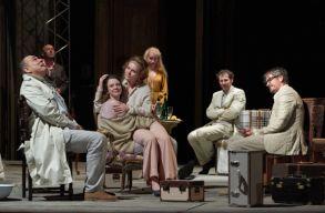 A Cseresznyéskert lesz a kolozsvári színház elsõ bemutatója: a pandémia ösztönözte a darabválasztást