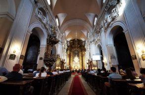 Barokk zene, barokk templomban: az egyházi zene is offline az igazi