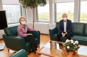 Dacian Cioloº az EB elnökével, Ursula von der Leyennel találkozott Strasbourgban. Romániáról beszélgettek
