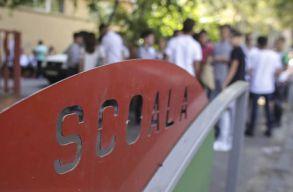 Az AUR felszólította a kormányt, hogy magas fertõzöttségi ráta esetén se zárja be az iskolákat