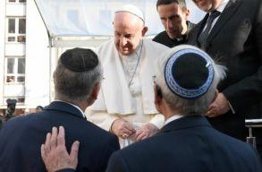 Szlovákiai látogatás: Ferenc pápa elítélte a holokausztot és az Isten nevében történõ kegyetlenkedéseket