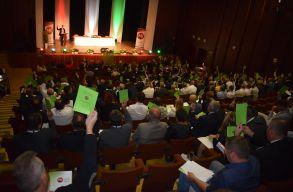 Szlovákia: jóváhagyták a három magyar párt összeolvadását a kongresszusok