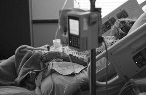 Az intenzív terápiás helyeknek már csak 17%-a szabad a covid-osztályokon