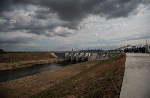 Üzembe helyezték az elsõ folyóvízi szûrõrendszert a román-magyar határ mentén