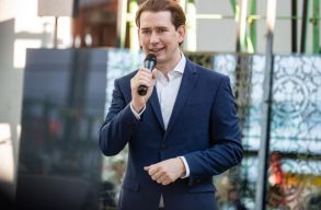 Korrupciós vádak miatt lemondott az osztrák kancellár