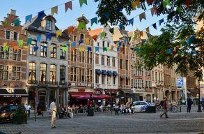 Brüsszelben védettségi igazolvánnyal engednek be éttermekbe, bárokba és rendezvényekre