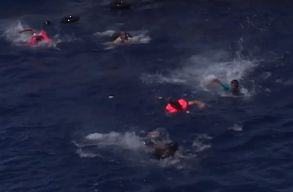 Emberment� dr�nok a F�ldk�zi-tengeren