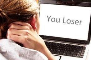 Minden m�sodik gyereket zaklattak m�r az interneten