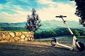 A rom�niai gy�r, amely k�lf�ldre gy�rt elektromos rollereket �s robog�kat