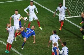 Anglia b�cs�zott, Izland meglepet�sre a nyolc k�z�tt