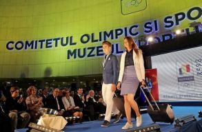 Bemutatt�k a rom�n olimpikonok formaruh�it, semmilyenek