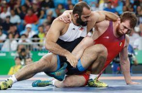 M�g jutott egy bronz�rem az olimpia utols� napj�n a rom�noknak