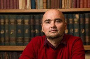 Nov�k Csaba Zolt�n: az organikus gener�ci�v�lt�sban hiszek
