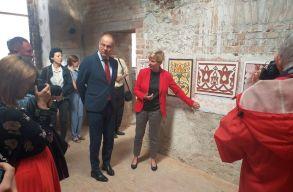380 ezer euróból fogják a kultúrát szervezni a következõ két évben a bonchidai Bánffy-kastélyban